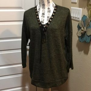 Green and Black Comfy Pullover